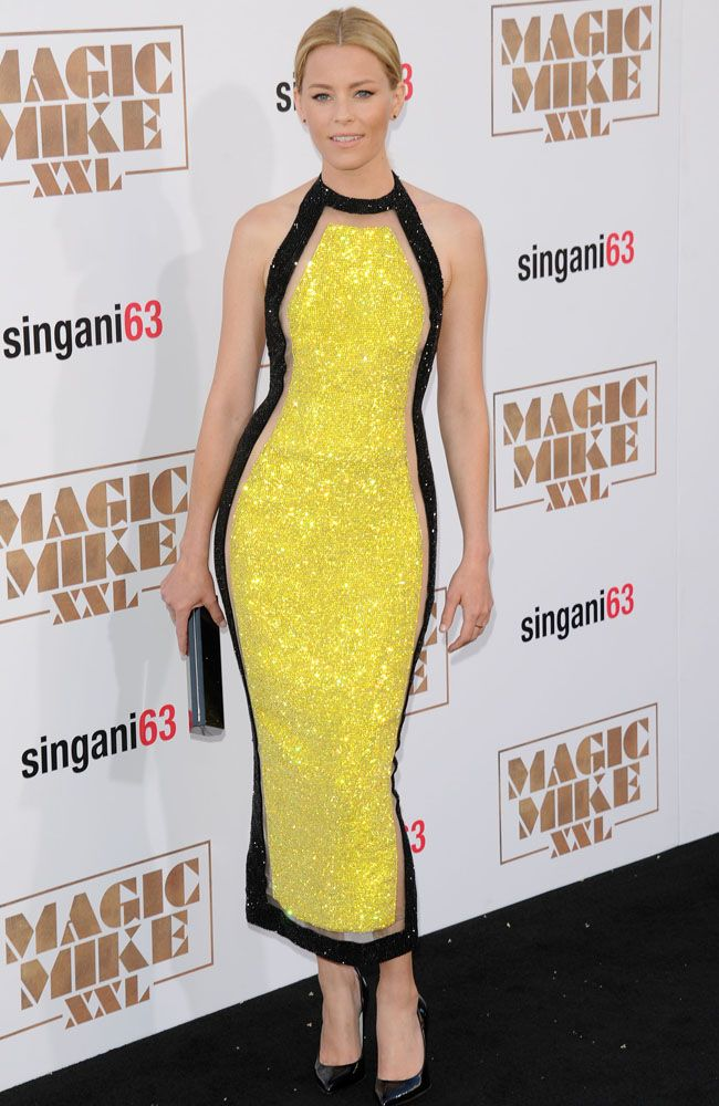 Elizabeth Banks STUNNED us in her lust-worthy yellow Balmain dress. If you've got the right skin tone DO try wearing yellow - it's unexpected and can look beautiful if done right.