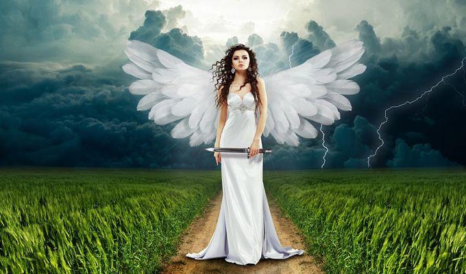 Nem csak neked, de az angyaloknak is számít a spirituális fejlődésed, hogy még nyitottabb legyél a világra, pozitívabban állj hozzá, hogy több szeretet és fény legyen az életedben. Mondhatni még több varázslat! Hiszen egy spirituálisan fejlett ember képes kihasználni a Kozmosz erejét, a Vonzás Törvényét, az angyalok segítségét akár saját vagy mások életét egyengesse vele. Íme azaz 5 dolog, amivel az angyalok is hozzájárulnak a fejlődésedhez!  - Női Portál - Női Portál - a nők birodalma…