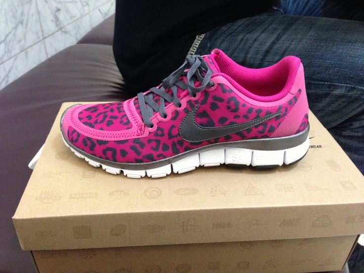 Pink Cheetah Print Nike Oooh I want these!