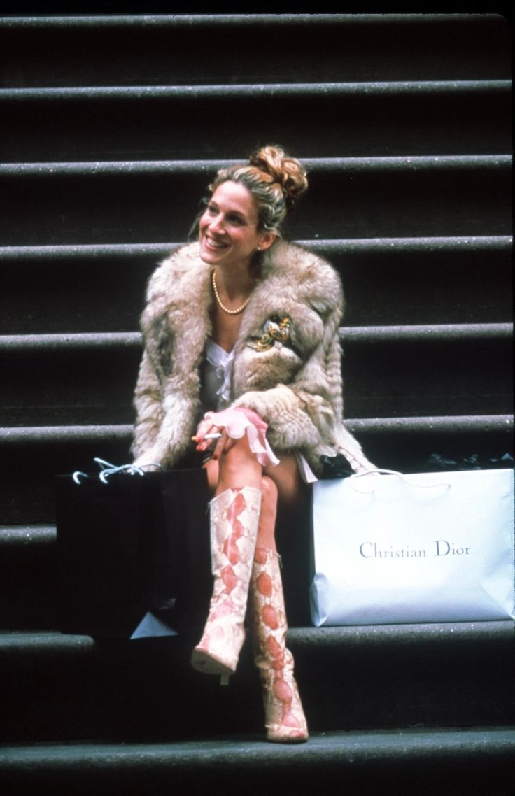 Why Carrie Bradshaw Is the Original Work From Home Muse | Vogue