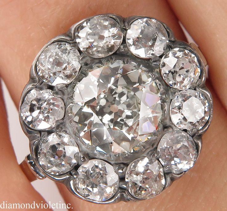Cette saisissante par sa belle et délicate vers les années 1900 Authentic Edwardian EUROPEAN-MADE fleur en forme de 14 k bague en or blanc (testé), la pierre de centre est EGL USA certifié 1,52 ct vieux européen Cut Diamond dans I-J, clarté SI1 (près incolore). Il est entouré de 10 OLD Mine blanc diamants de taille, le poids total approximatif est 2.50 CT, couleur H-I-J, pureté VS-SI globale. Les diamants sont sertis en couronne argentée. Inhabituellement haute qualité pour cette période…