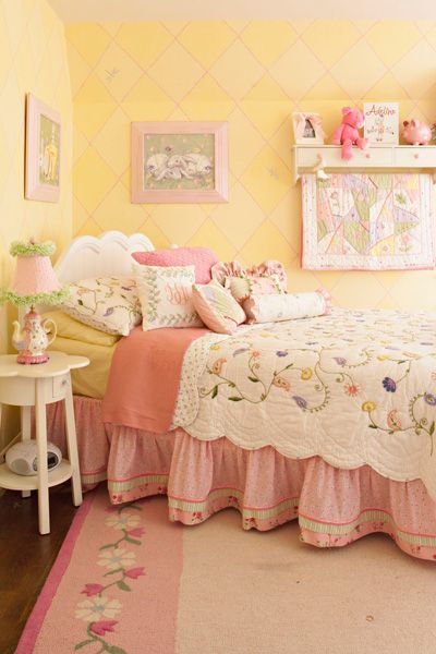 Yellow/Tea Party/Flowers Girls Room