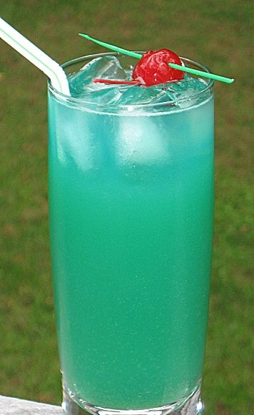 Hawaii Five-O (2 oz. Light Rum 2 oz. Blue Curacao 3 oz. Pineapple Juice 1 oz. Sweet & Sour Mix)