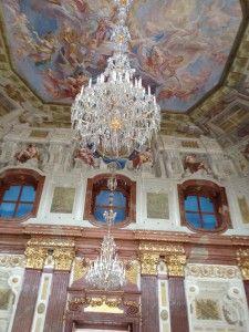 宮殿内部の装飾。オーストリア ウィーンにある美しいバロック建築ベルヴェデーレ宮殿の写真です。
