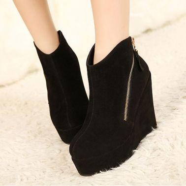 Oblique Zipper Side Suede Women's Wedge Boots