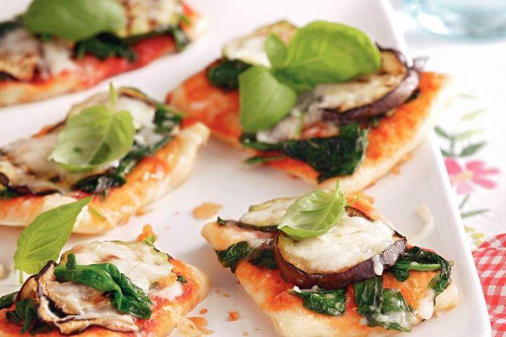 Minipizza met gegrilde groenten vegetarisch - Recept - Allerhande