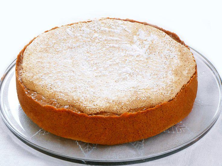 Torta di Mandorle ed Amaretti all'Alchermes