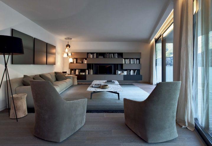 Tra i servizi offerti dal gruppo Poliform, anche la consulenza per progetti di interior design per privati e architetti. Tra questi projects realizzati, il Como Lake Resort a Laglio, sul lago di Como
