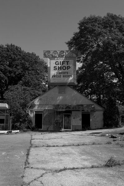 Rocky Point Amusement Park: Parks Ri, Parks Close, Amusement Parks I, Abandoned Amusement Parks, Gifts Shops, Image, Parks Sorihistori, Points Gifts, Gift Shops