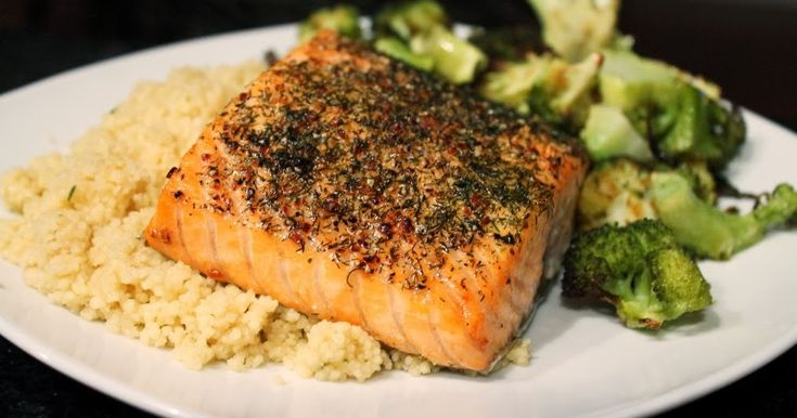 Thoughts on Pioneer Woman's salmon- season with salt, pepper, spices (garlic powder, lemon pepper, etc), then bake starting in a cold open at 400. Could roast alongside veggies.