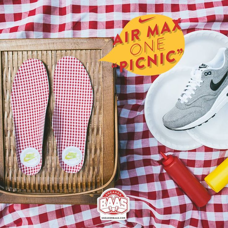 "#nike #airmaxone #nikepicknick #sneakerbaas #baasbovenbaas #nikepremium  Nike Air Max 1 Premium ""Picknick"" - priced at € 139,95  For more info about your order please send an e-mail to webshop #sneakerbaas.com!"