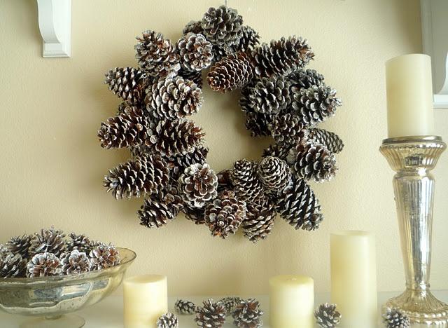 DYI sparkly pinecone wreath...