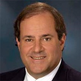 Chris Berman is a sports anchor and commentator for @ESPN. As a professional speaker, he teaches audiences about the the early days of ESPN, personalizing his presentations to relate to their interests. He explains how the network started as a small company and how it grew into the giant it is today.  Interested in booking Chris Berman for your next #event? Contact @EaglesTalent by calling 1.800.345-5607 or visiting www.eaglestalent.com.