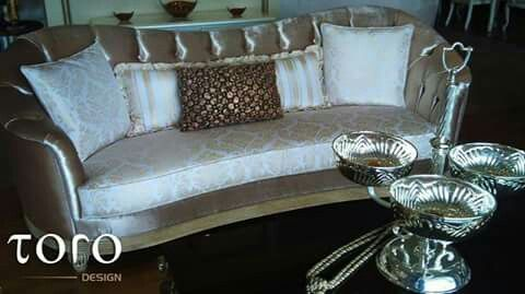 Canapea perfecta, menita sa va aduca linistea si caldura de care aveti nevoie! Creata din materiale de cea mai bună calitate si cu un aspect fabulos, va asteapta numai la #ToroDesign!  Pentru mai multe detalii si modele, va asteptam in showroom-ul nostru din Bd. Pipera, Nr. 25A.