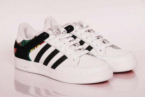 adidas Originals - varial low Running White / Black / Vivid Yellow (G65701)