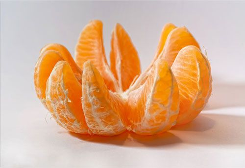 How to Peel an Orange - The Right Way to Peel Oranges - Country Living