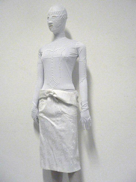 Ensemble, body et jupe ceinturée, printemps-été 2002  Laurent Mercier