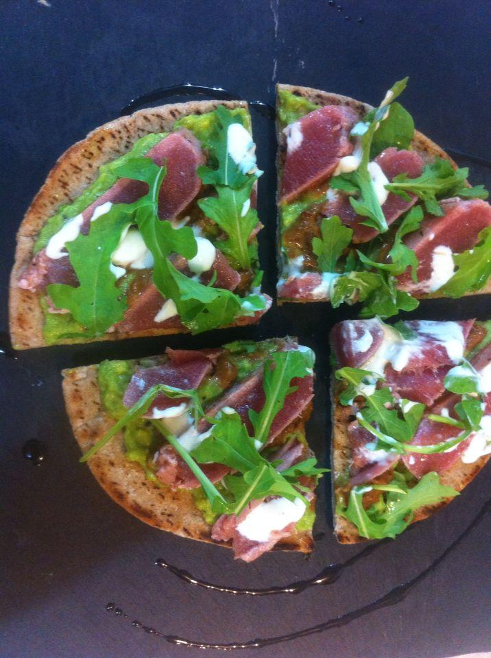 Pizzeta de atún sellado!