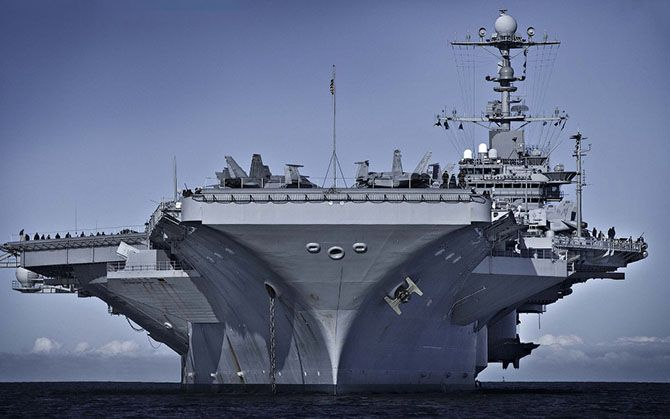 USS George HW Bush (CVN 77). It is one of 11 U.S. nuclear aircraft carrier class Nimitz. The largest warship in the world. The ship was adopted by the U.S. Army in 2009.