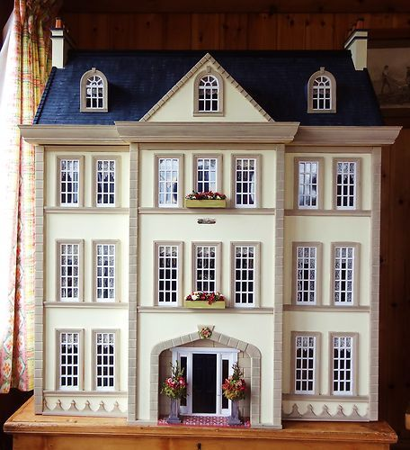 """Pic 1 of 2 ~ Large OOAK 1:12 Scale Len Lewis Dolls House """"Tattershall Manor"""", on eBay"""