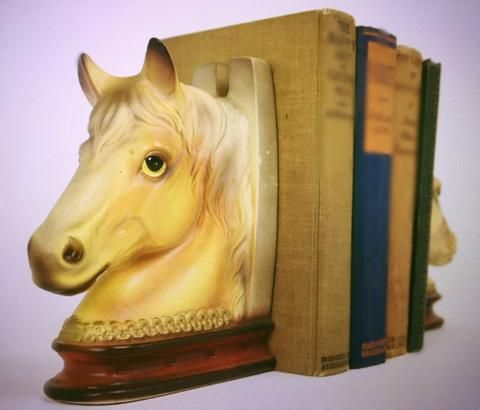 Vintage Ceramic Horse Head Horse Shoe Bookends. Country Western, Eques – Vintage Bookworms
