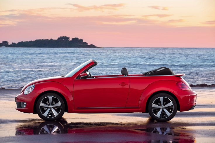 Foto Lateral Volkswagen Beetle Descapotable 2013 rojo Red beetle cabrio