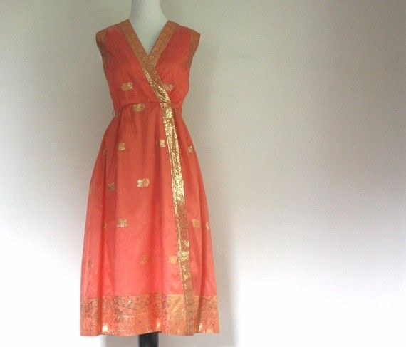 Vintage 1960s Indian Inspired Dress Small by VintConditionStyle