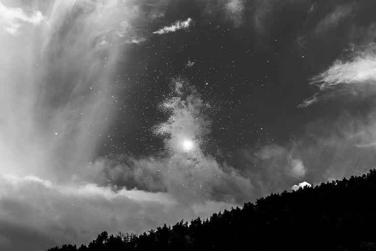 #bike #championnat #championship #ciel #clouds #competition #descente #dh #downhill #etincelles #feux dartifices #fireworks #forest #foret #monde #mountain #mtb #nuages #sky #sparks #tournament #trial #uci #velo #vt