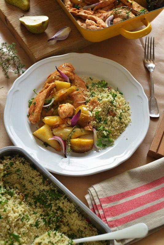 Pikantny indyk z miodem, gruszkami i świeżym tymiankiem. Kasza kuskus z pietruszką i orzechami. | Make Cooking Easier