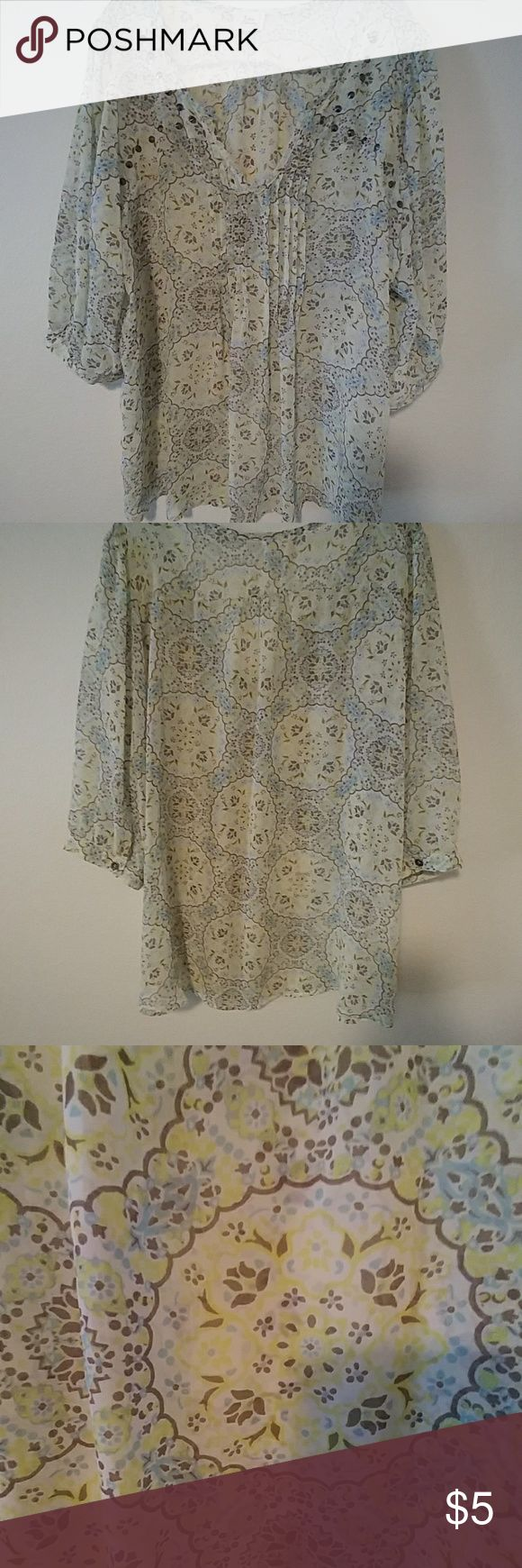 Sheer colorful XXL Top Only wore once Juniors XXL Top, no rips or stains Tops Blouses