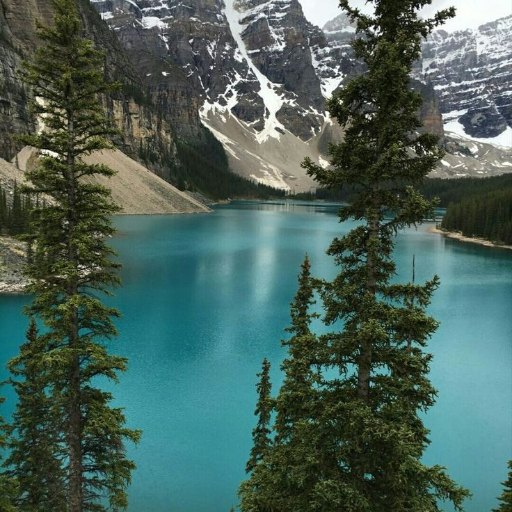 Lake Morraine, Alberta, Canada