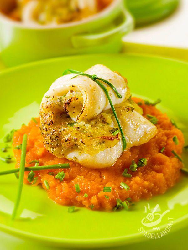 Il Merluzzo con purè di carote è buono e genuino. Un piatto ottimo, adatto anche a una dieta ipocalorica e salutare, dato che contiene molti Omega3.