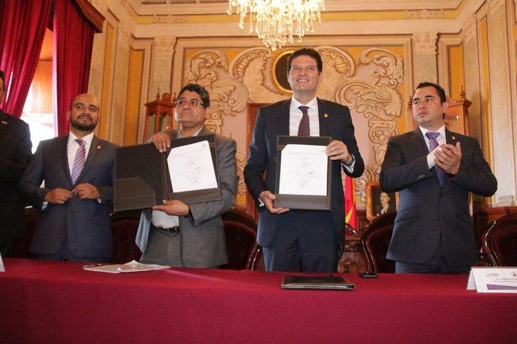 El alcalde Alfonso Martínez signó, a nombre del Ayuntamiento de Morelia, un Convenio de Colaboración con la Federación de Clubes y Asociaciones de Michoacanos en Norteamérica, A.C. – Morelia, Michoacán, ...