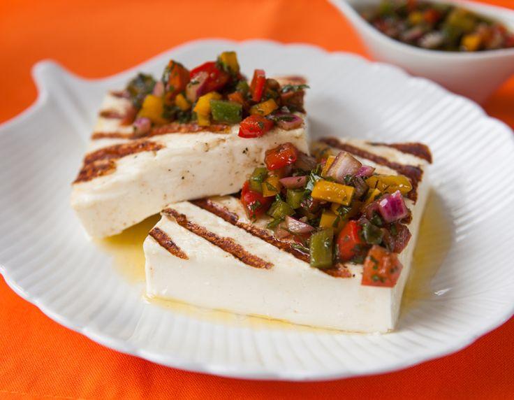Receta de queso panela asado con jitomate, me encanta, es como la caprese pero con queso panela, muy light.
