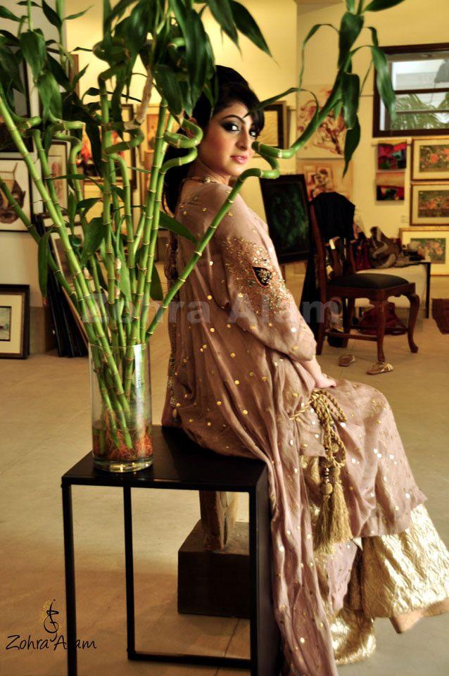 Dusky Pink & Gold Shalwar Kameez