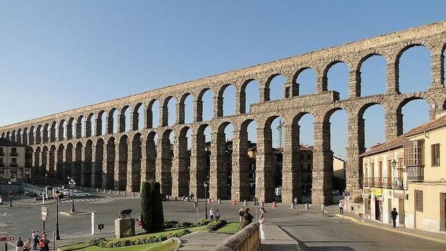 Resultado de imagen de acueducto romano