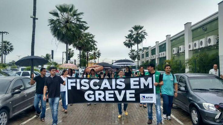 30/03/2016 - Fiscais de Fortaleza em greve