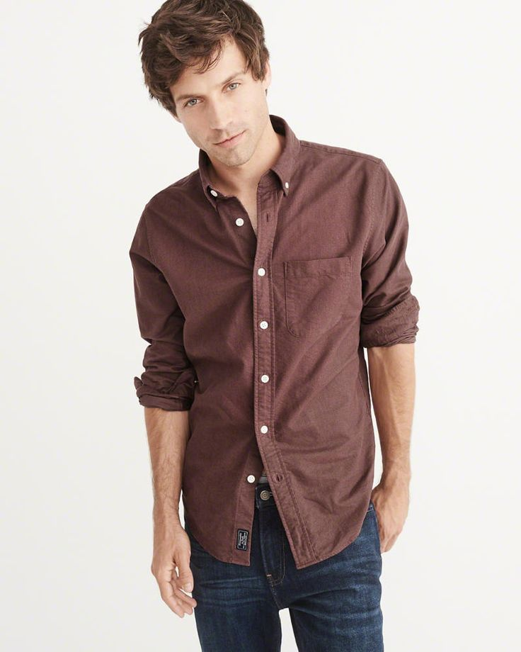 A&F Men's Oxford Shirt in Burgundy - Size XXL