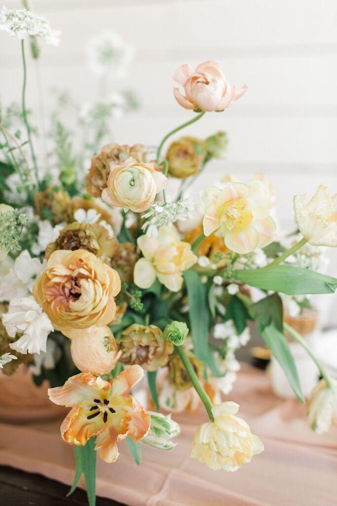 Yellow Garden Flower Centerpiece San Diego Nicole Clarey Photo Wedding Flower Guide Flower Centerpieces Wedding Wedding Flowers