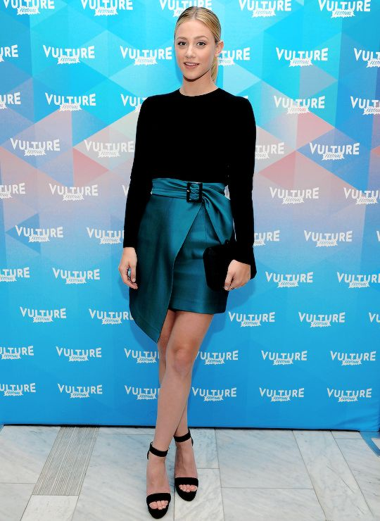 Lili Reinhart attends the Vulture Festival in NYC on May 20, 2017.