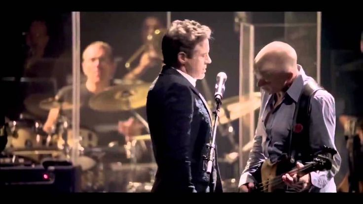 Robert Downey Jr.  & Sting - Driven To Tears - Live @ The Beacon Theater