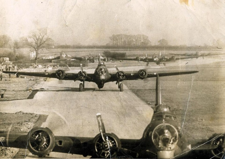 303rd Bomb Wing ready to fly (RAF Molesworth, England WWII)