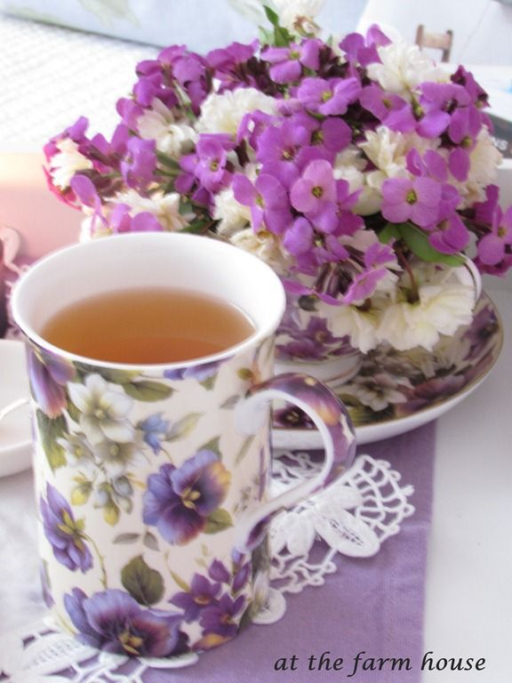 Purple pansy teacup & flowers