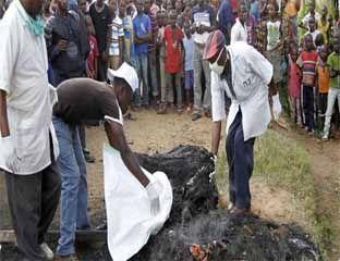Diduga Anggota Ekstremis, Pemuda Ini Dibakar dan Dimakan
