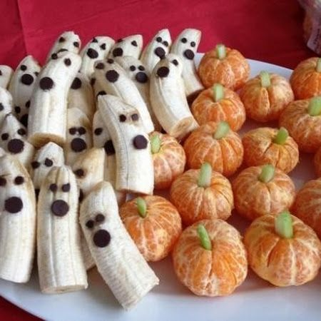 Who says #halloweentreats can't be healthy! Try these ghosts and pumpkins for a snack you can feel good about serving!