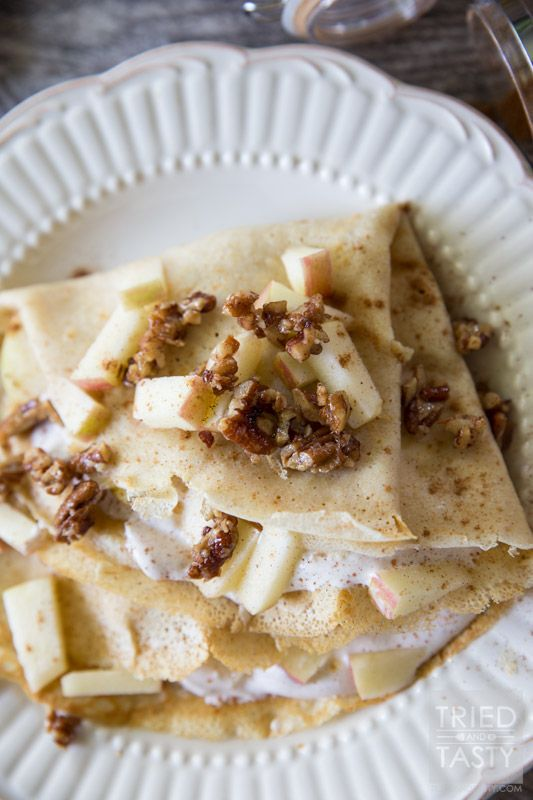 Apple Pie Crepes // This fall start your morning off with these delicious crepes that will make you think you're eating a slice of apple pie for breakfast! Made with all-natural ingredients this is one healthy breakfast you can feel good about splurging on! | Tried and Tasty