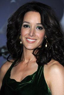 "Jennifer Beals Born: December 19, 1963 in Chicago, Illinois, USA Height: 5' 8"" (1.73 m)"