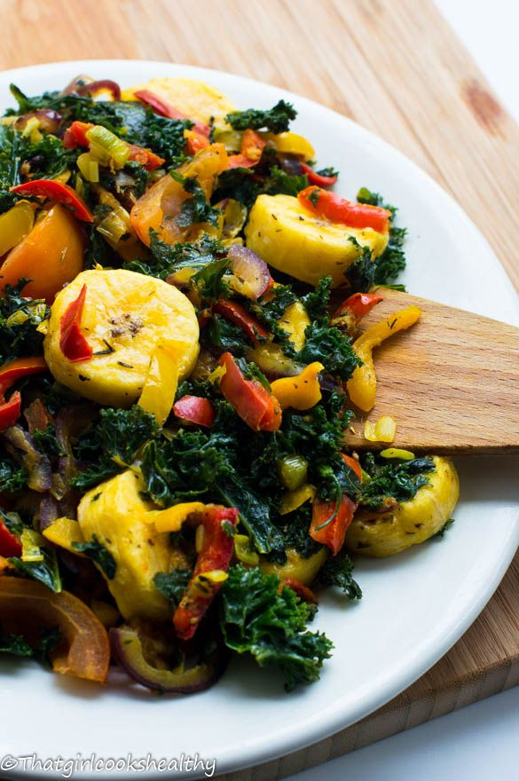 Boiled plantains with kale (plantains, bell peppers, scallions, toms, turmeric, allspice, thyme, himalayan pink salt, kale, ginger, red onion, coconut oil)