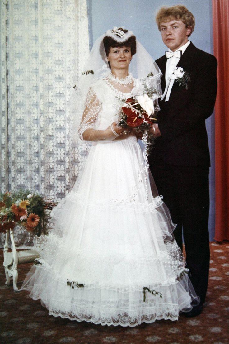 Poznajecie? To Zbigniew Chlebowski na ślubnym kobiercu z żoną Jolantą.