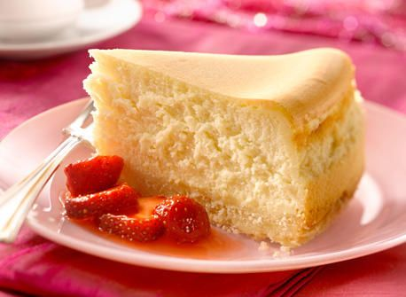 Ultimate Vanilla Cheesecake with Shortbread Crust